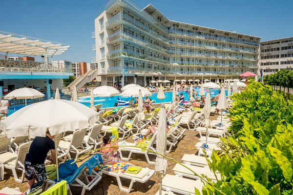 Hotel Aqua Nevis, Sunny Beach